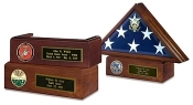 Commemorate your Veterans service to our country with this traditional handsome flag case. Perfect to honor our distinguished military service members, veteran heroes and other uniformed heroes as police officers
